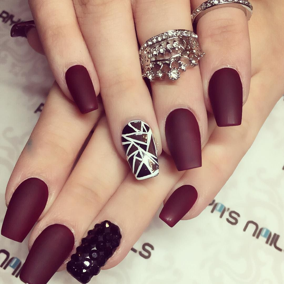 Just Paint Nails Deep Red With Plain Black On Ring Finger