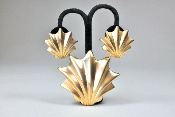 Vintage Les Bernard Sea Shell Brooch Earring Set by ShopAtGeris