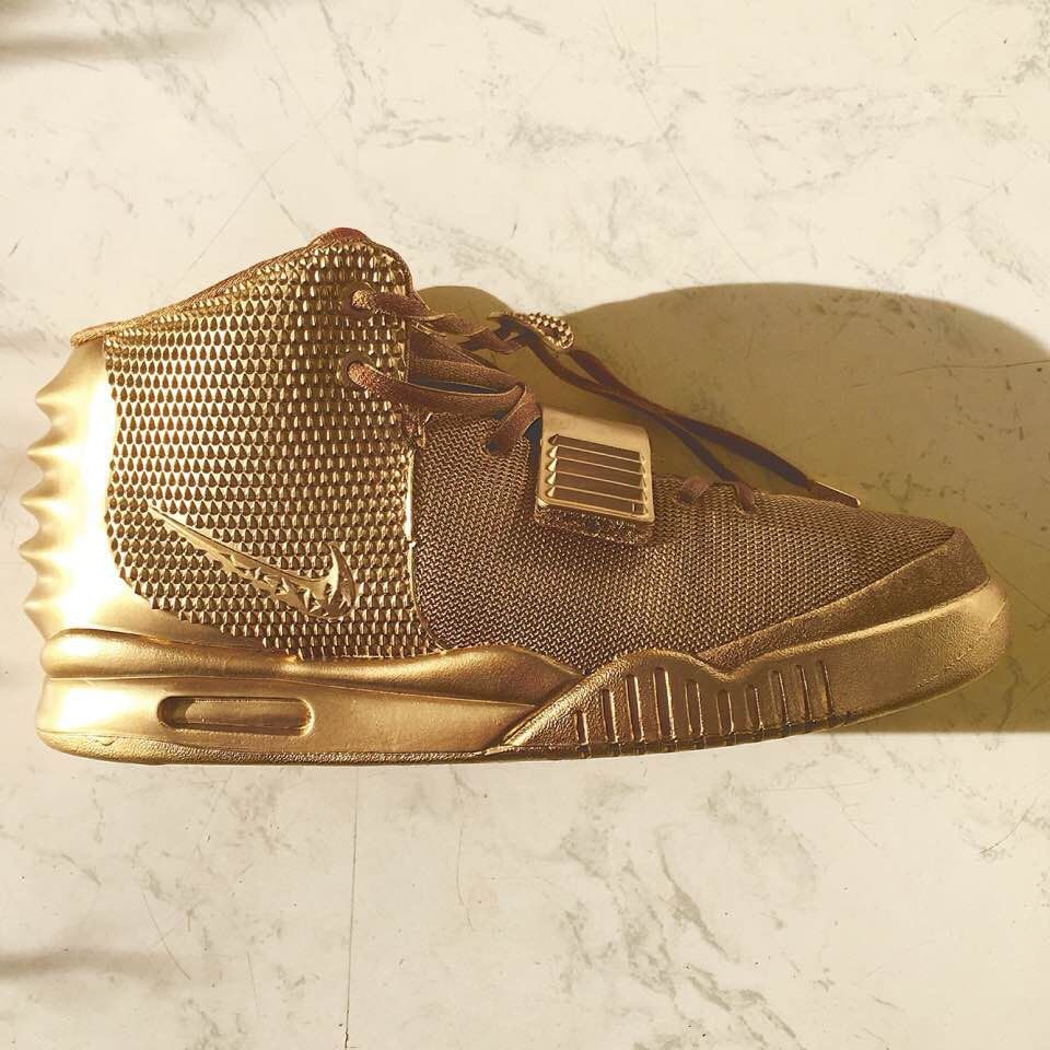 best service 95436 87c64 Gold Air Yeezy  nike