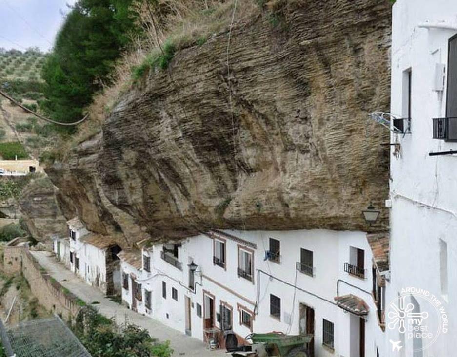 Setenil de las Bodegas - Spaña
