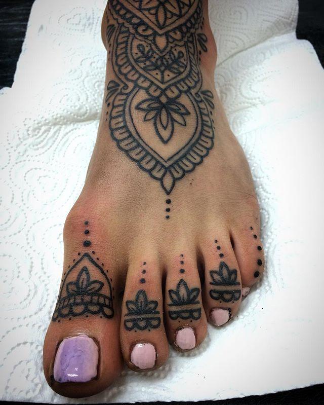 Pin By Jessica Douglas On Dip And Swirl Henna Style Henna Tatuaje