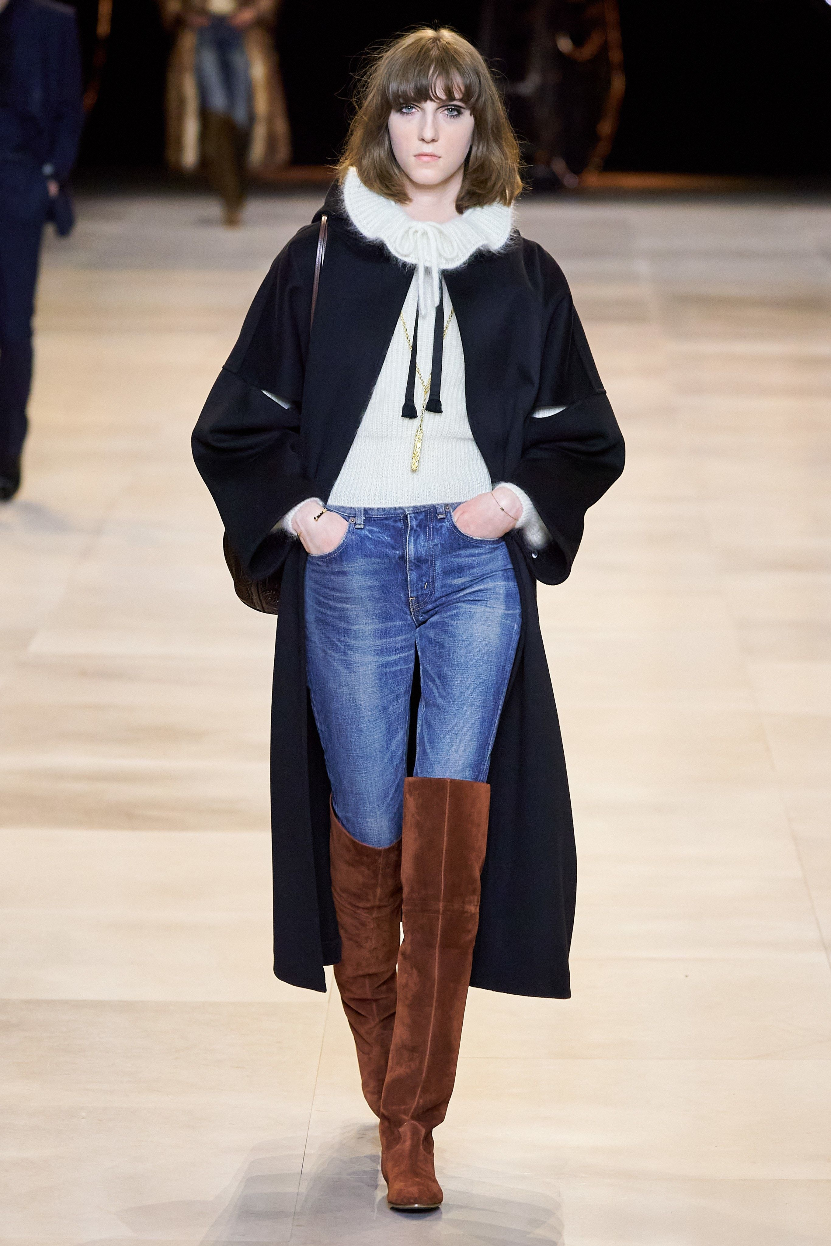 Celine Fall 2020 Ready To Wear Collection Vogue In 2020 Ready To Wear Fashion How To Wear