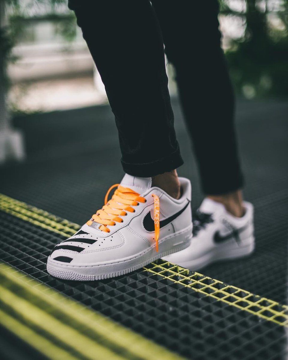 brand new fa5ef 73aa7 Custom Nike Air Force 1