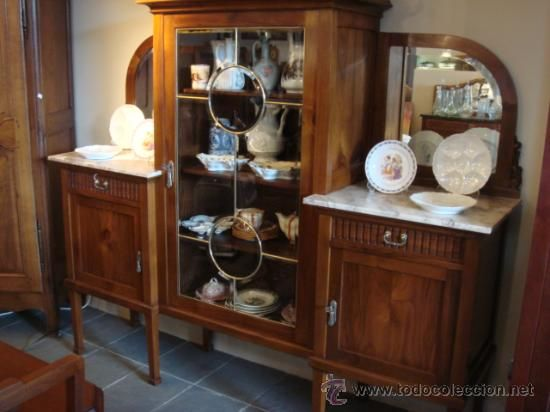 Antiguo mueble de comedor con vitrina  restaurado (antigüedades ...