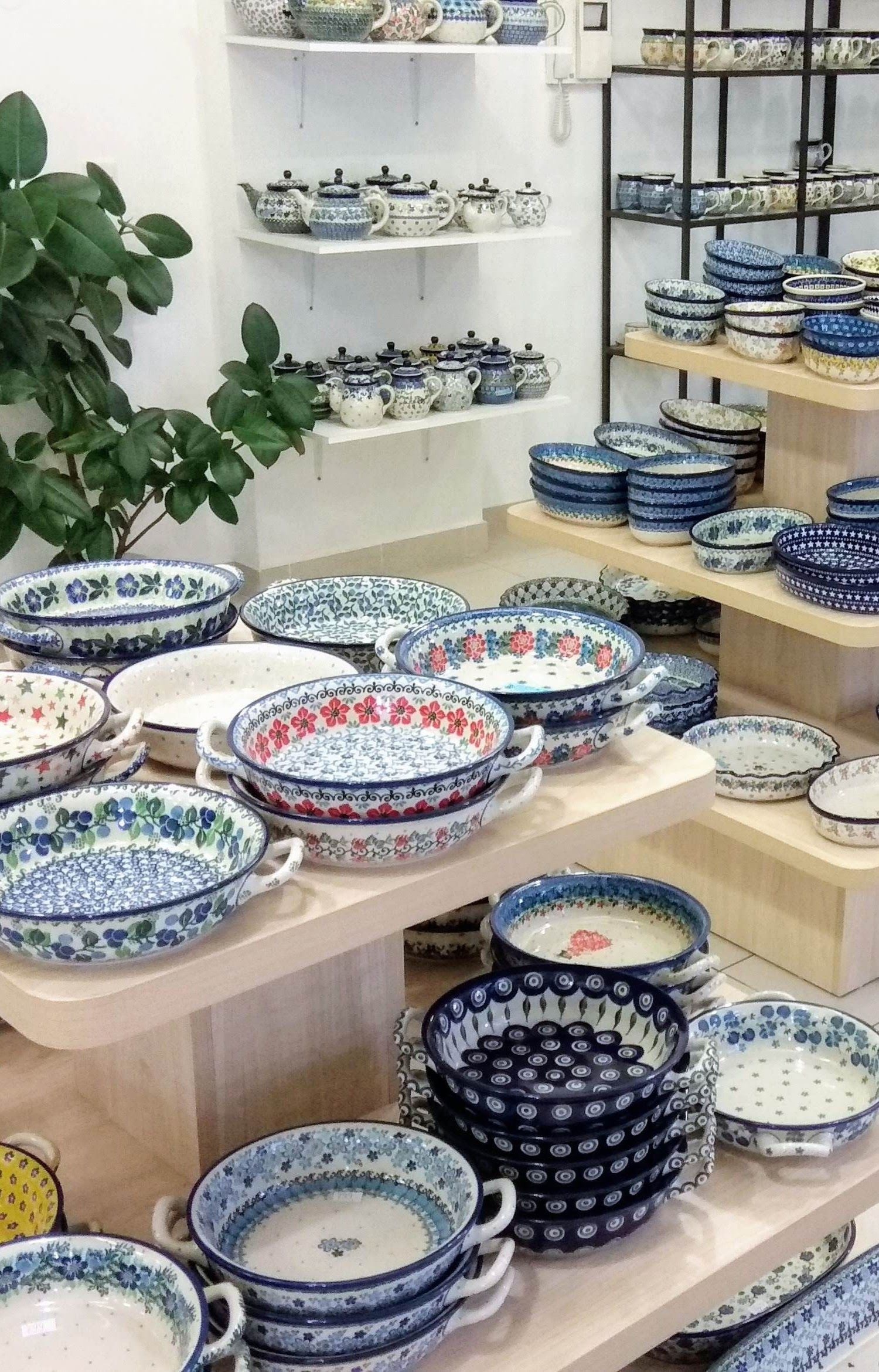 I Just Love The Indian Summer Weather And It Makes Me Already Think About All The Tasty Meals I M Going To Bake For My Fami Polish Pottery Pottery Baked Dishes