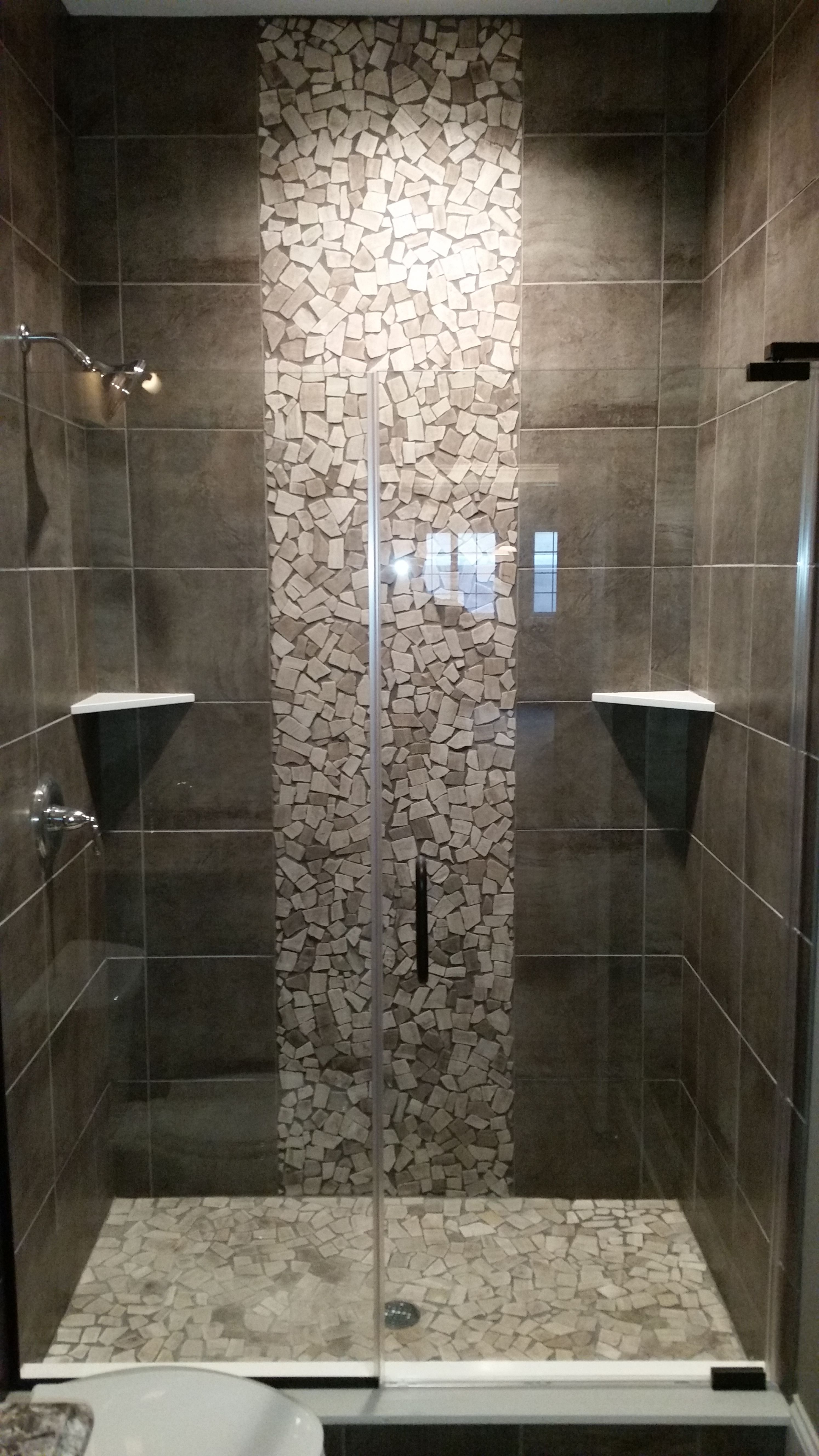 Shower Accent Tile Grey Shower With Pebble Tile Accents As Seen In Our 20,000