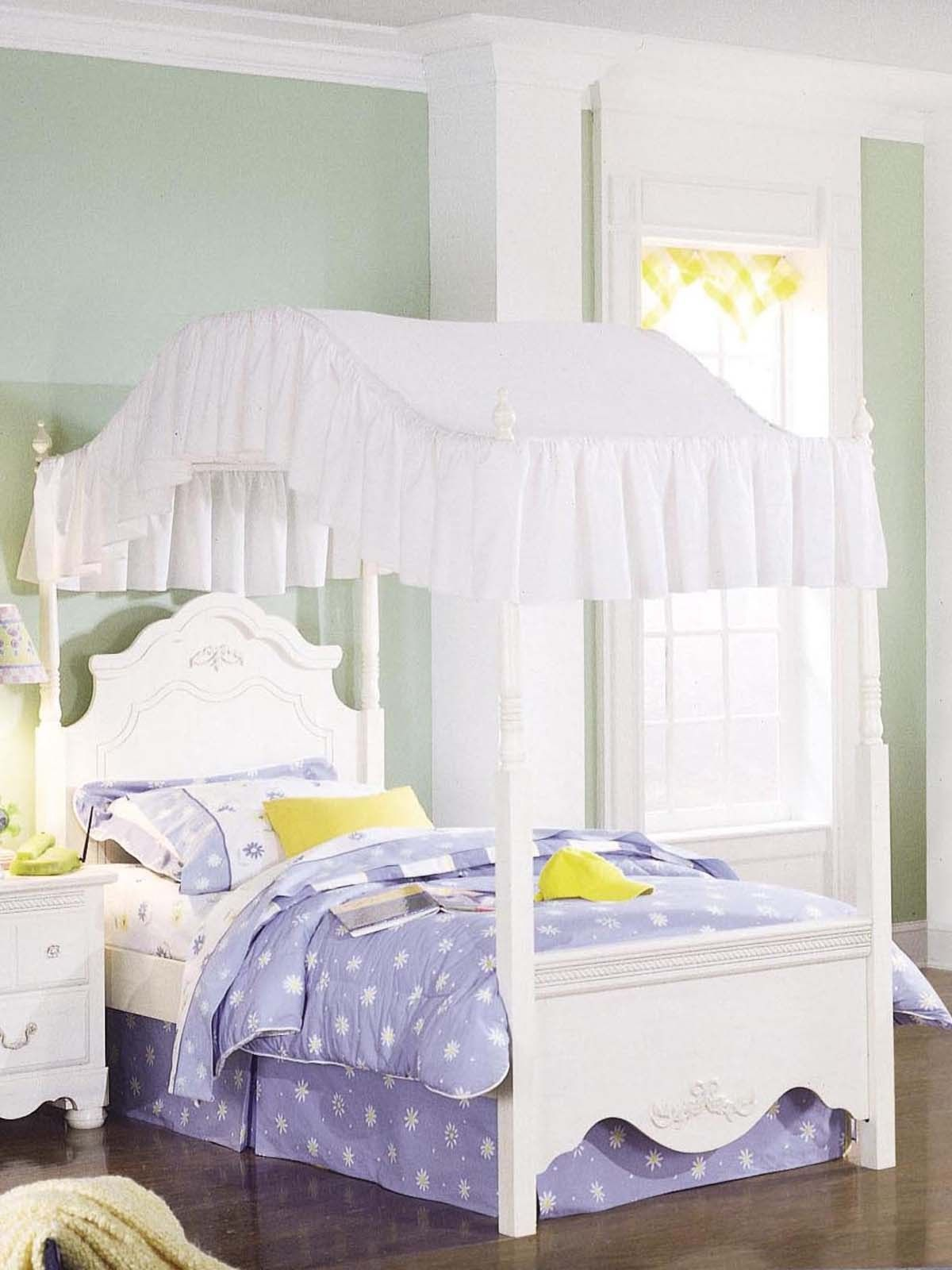 31+ Best Kids Canopy Bed Ideas Toddler canopy bed