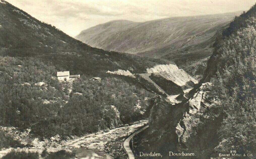 Sør-Trøndelag fylke Oppdal kommune Drivdalen Dovrebanen brukt 1940-tallet Utg Mittet