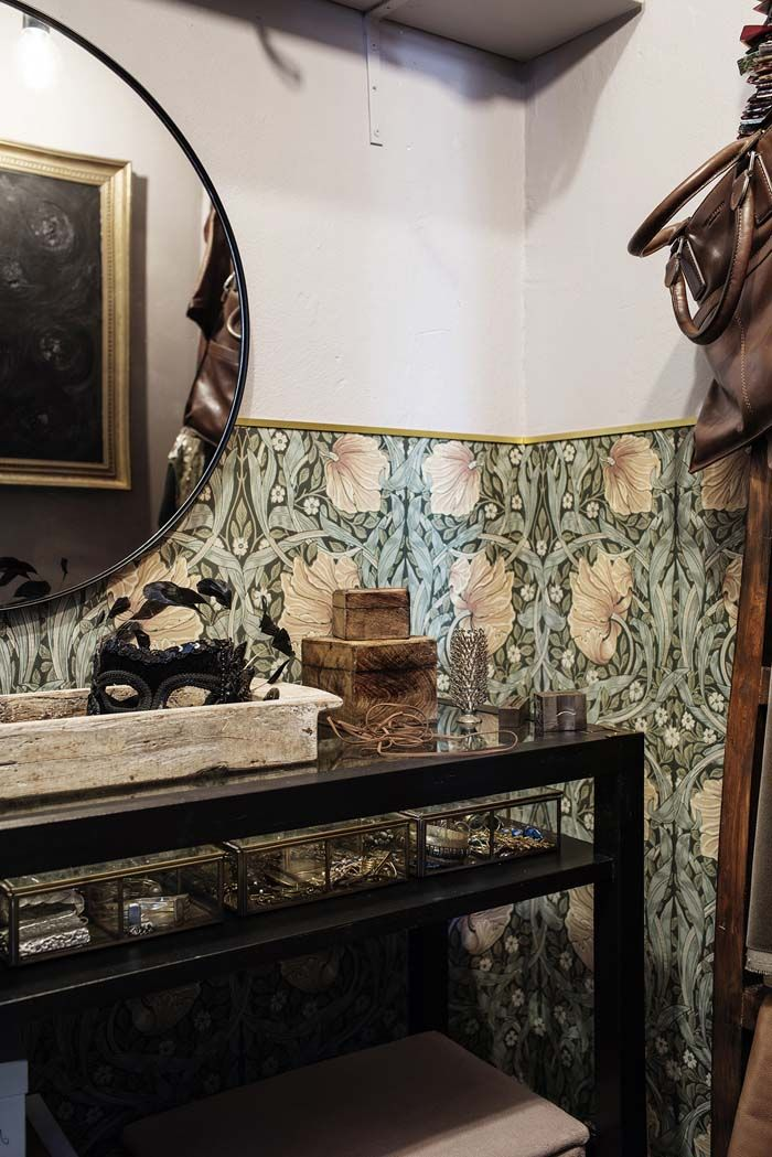 Decordemon The Blog A Daily Dose Of Stunning Interiors Inspiration Boards And Design Morris Wallpapers Interiors Dream William Morris Wallpaper