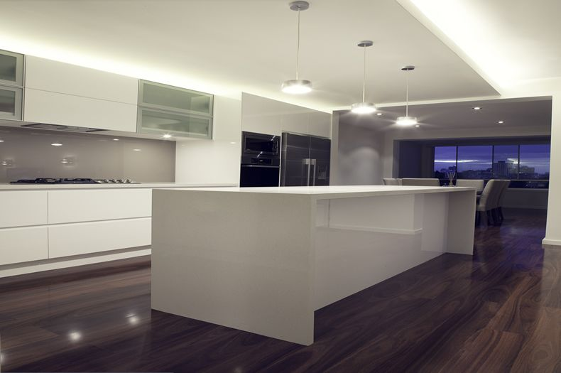 White Kitchen Splashback white gloss poly kitchen with starphire glass splashback in dulux