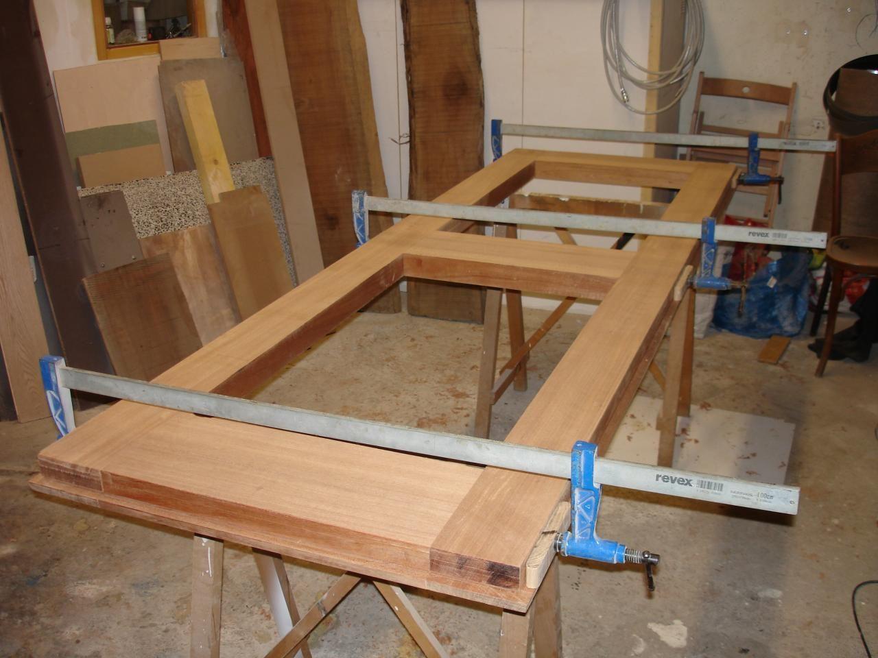 Fabrication d 39 une porte d 39 entr e en 2019 porte entree Fabrication d une porte en bois