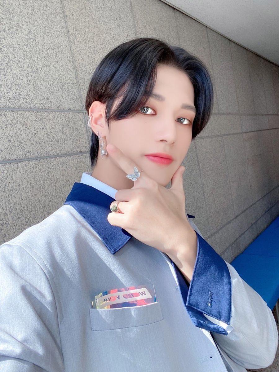 Pin On Kpop Idols