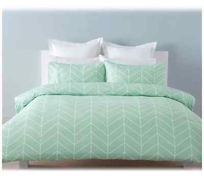 Robin Mint Green Chevron White Single Bed Doona Quilt Cover And Pillowcase Set Quilt Cover Sets Mint Green Bedroom Quilt Cover