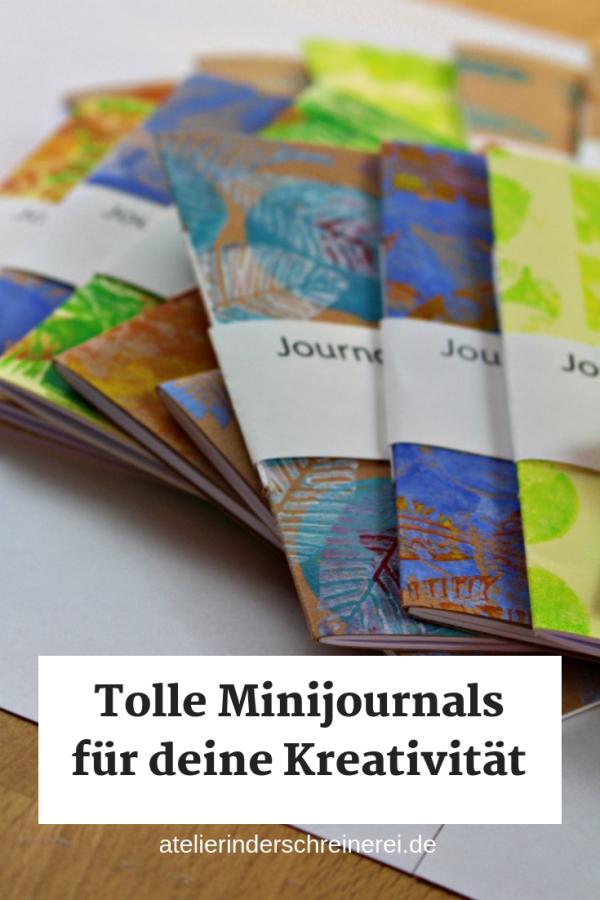 Suchst du ein Mitbringsel für Kreative? Unsere handgefertigten Journals to go sind 14,5 x 10 cm groß und eignen sich wunderbar zum Mitnehmen. #artjournal #journaling #skizzenbuch #book #cover #inspiration #geschenk
