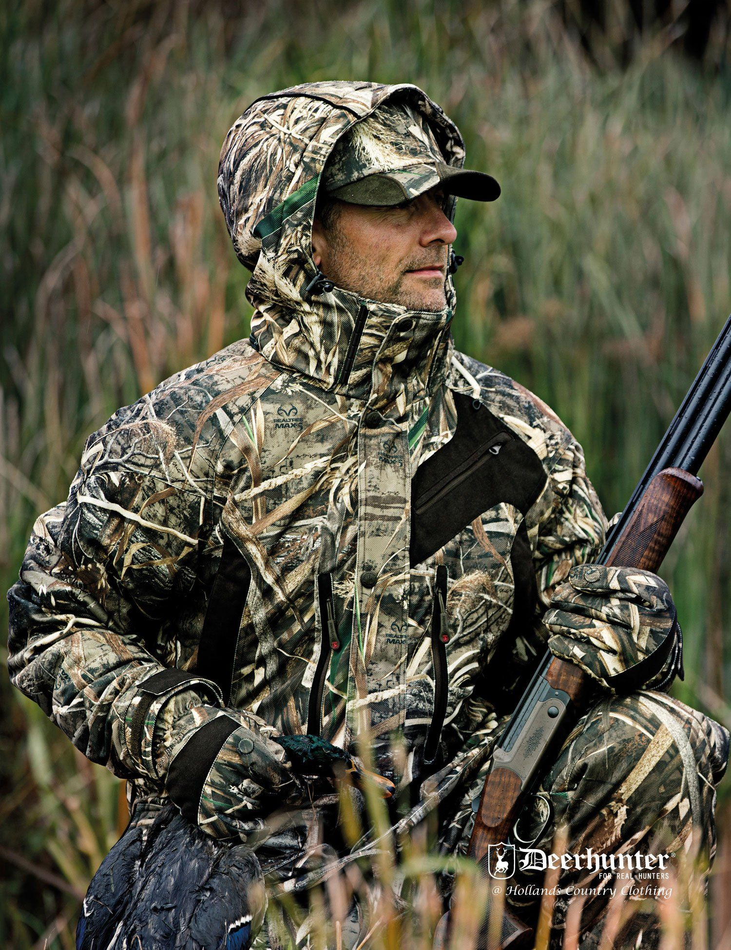 16504c22d6630 The ultimate shooting/hunting coat to keep you warm and elusive. With an  abundance of technical features. Check it out at Hollands Country Clothing.