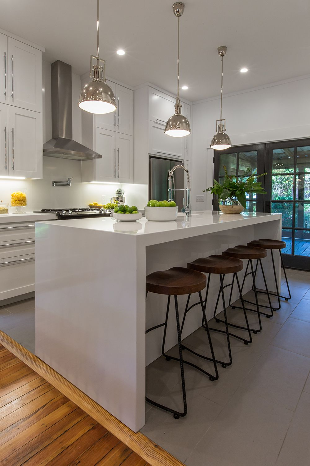 See How The Property Brothers Modernize A Tired Nashville