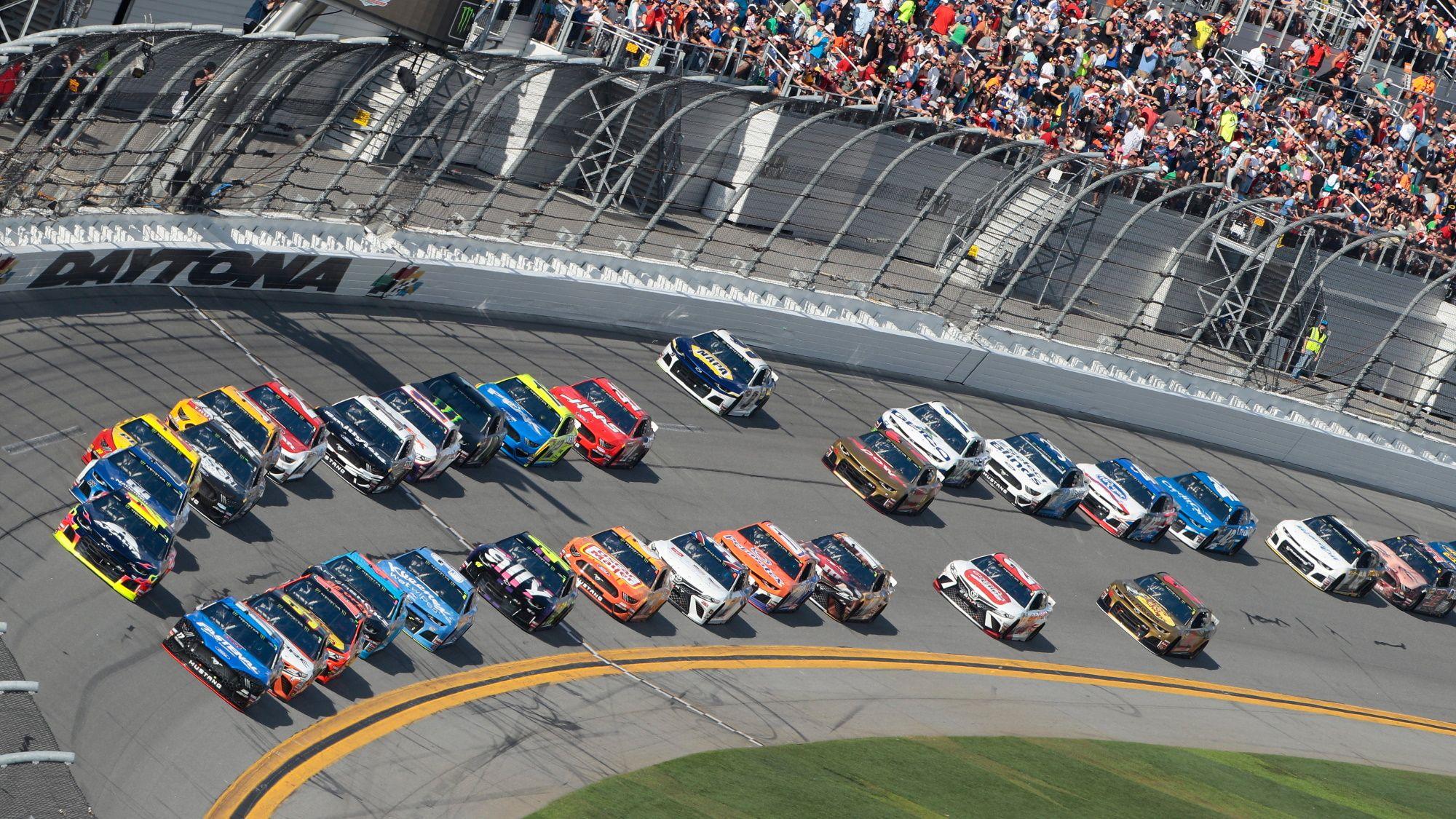 Daytona 500 2020 Live Stream How To Watch The Nascar Race From Anywhere Nascar Racing Daytona 500 Nascar Season