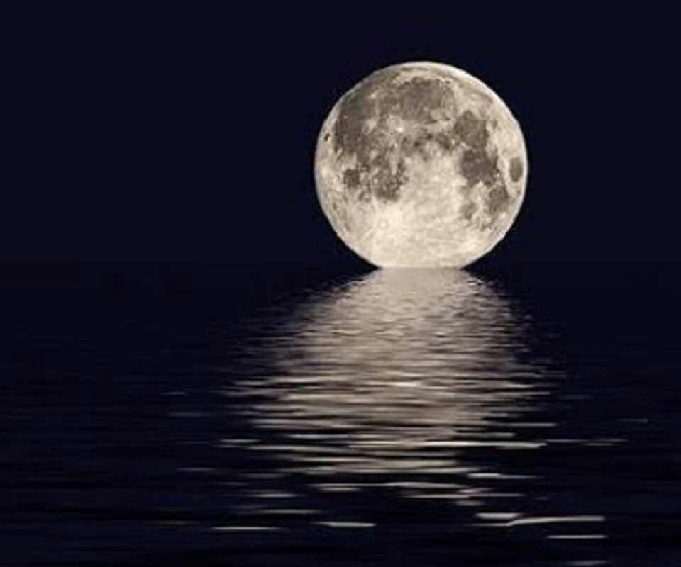 It's fun to watch the moon floating....