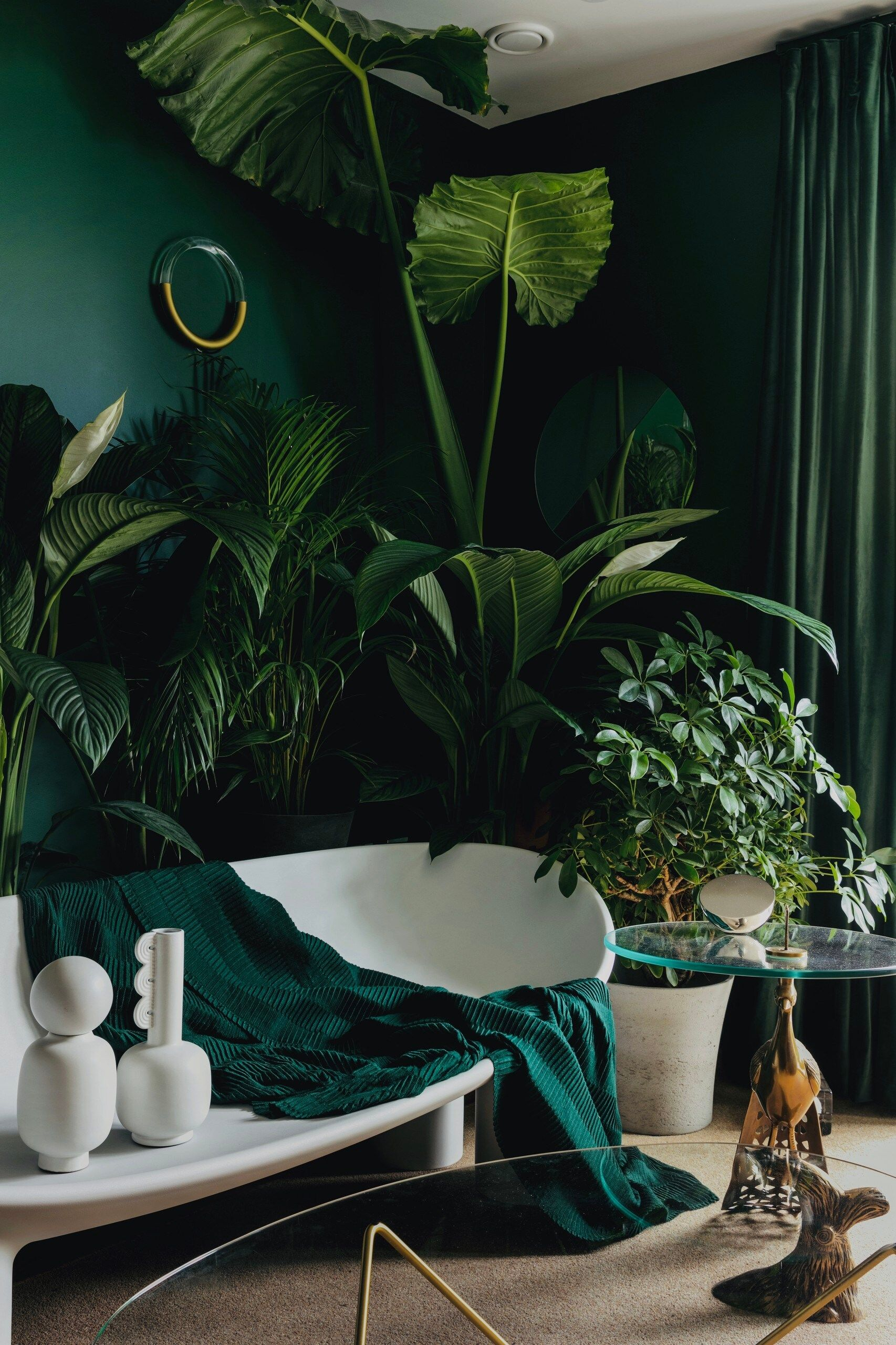 Photo of An apartment with an urban jungle design in London – PLANETE DECO a homes world