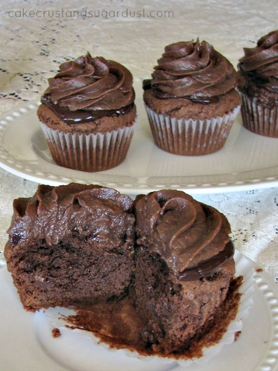 chocolate cupcakes made from scratch