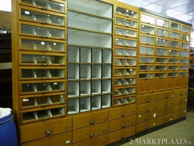 Winkelkast apothekerskast vakkenkast for Marktplaats meubels