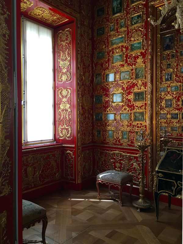 Residenz Museum in Munich /// More on Interiorator.com