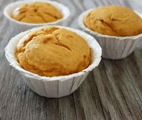 Easy Recipes to Do: 2 INGREDIENT PUMPKIN MUFFINS