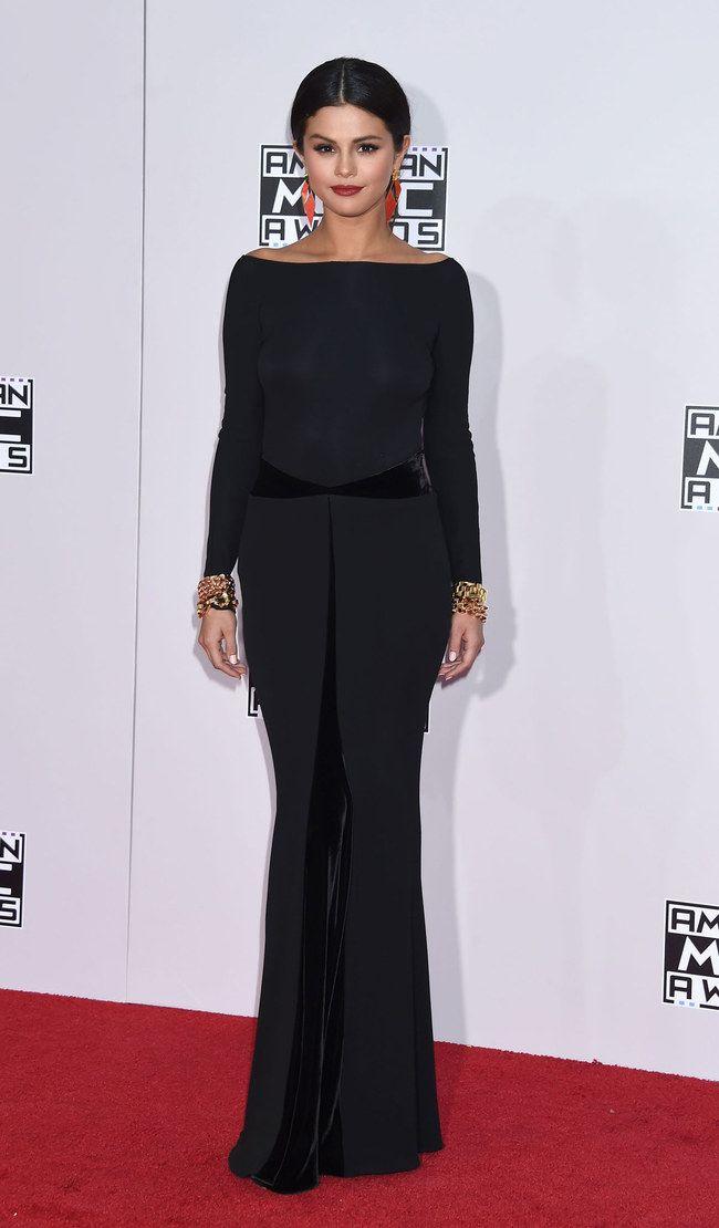 FABULOUS example of a Deep!  American Music Awards 2014: Selena Gómez #redcarpet
