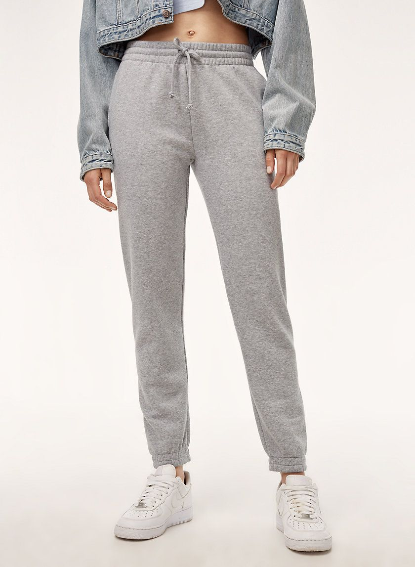 The slim sweatpant in 2020 Søt joggebukse-antrekk, søt  Cute sweatpants outfit, Cute