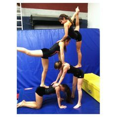 4 Person Acrobatic Shapes