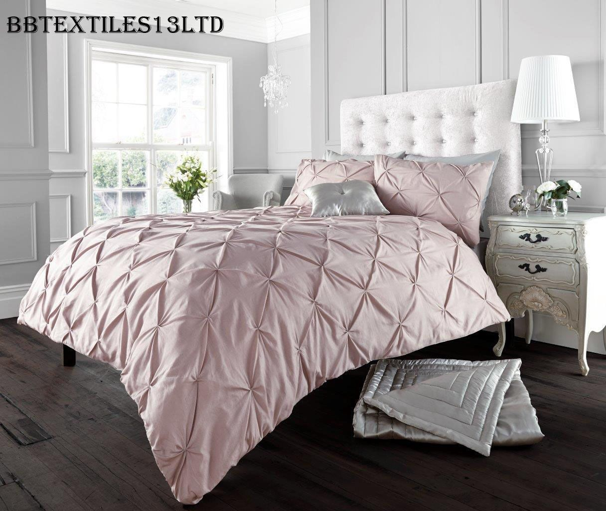 Diamond Pintuck Duvet Cover Set With Pillow Cases Luxury Bed