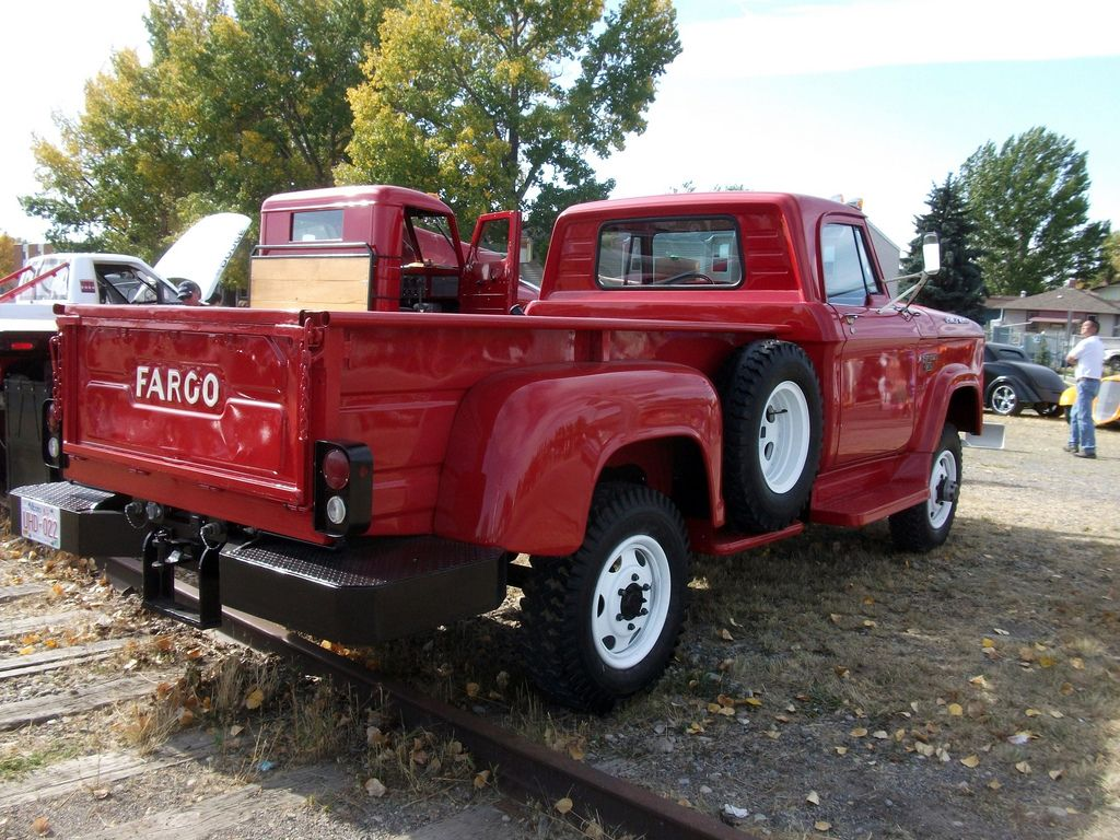 most reliable truck in canada site:pinterest.com - 1000+ images about ruck- Fargo ( anadian mid 30's- early 70's ...