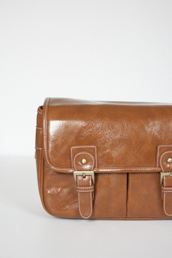 Camera-Bag-03