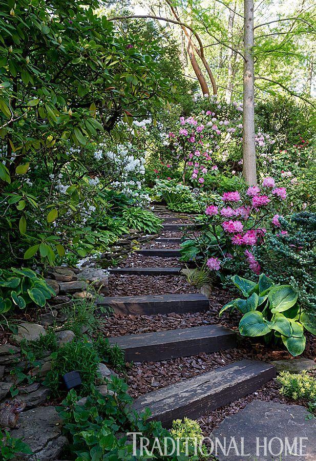 Bunter terassenförmig angelegter Garten in Pennsylvania #terracegardendesign