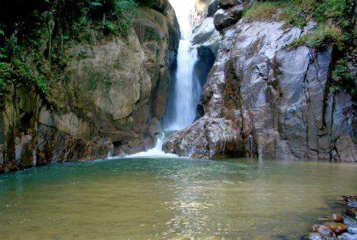 Air Terjun Sg Chiling Tercantik Di Selangor Places To Visit Cool Places To Visit Redang Island