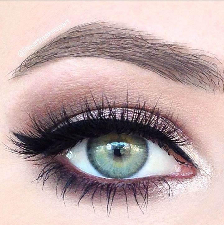 8 Gorgeous Smokey Eye Makeup Ideas - Mon Cheri Prom