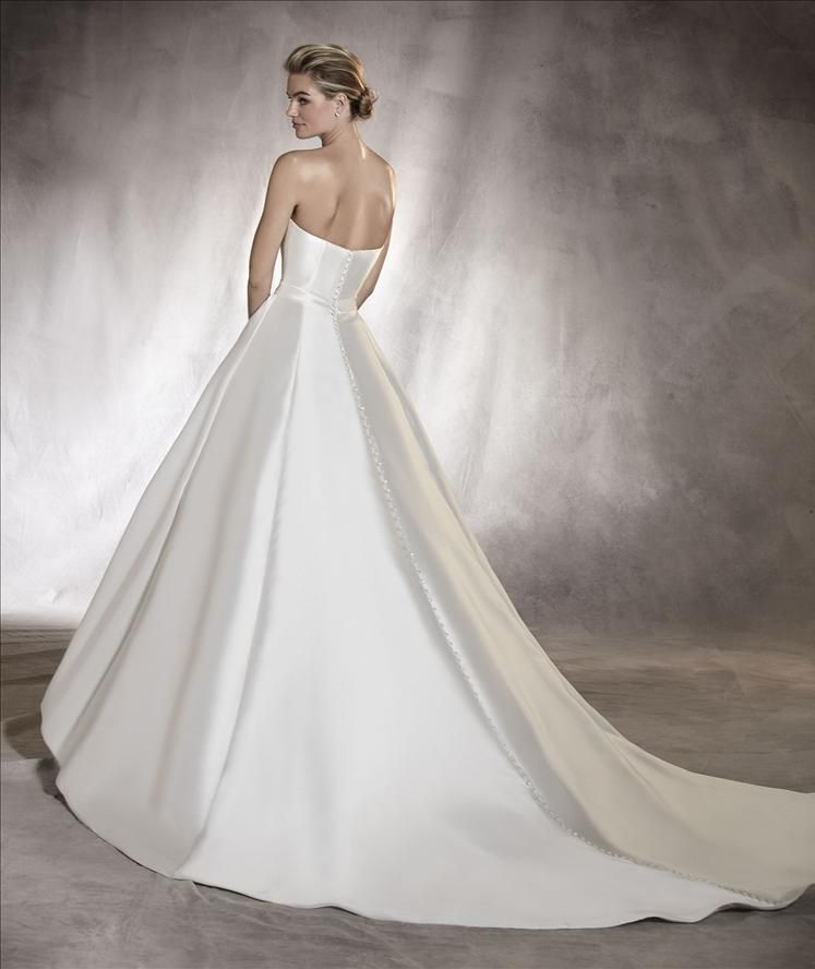 Amanda | Pronovias | Available at Lulu\'s Bridal Boutique | Lulu\'s ...