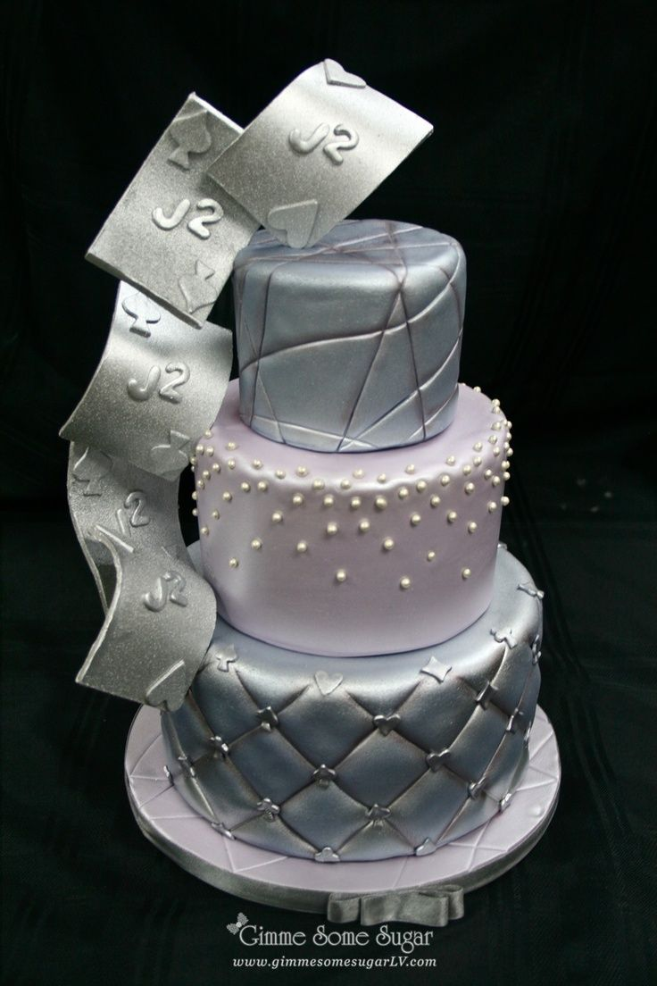 Vegas Themed Wedding Cakes Silver Vegas Themed Wedding Cake With