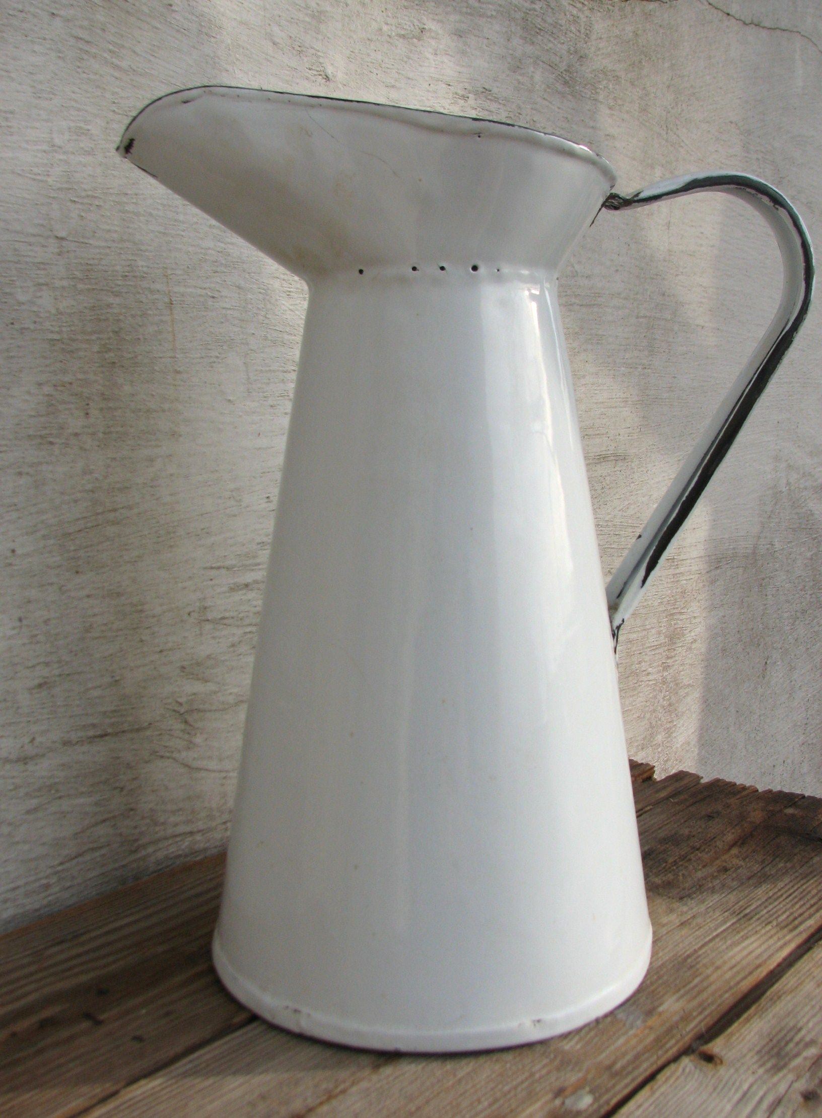 Found this simple enamel farm pitcher this week ... http ...