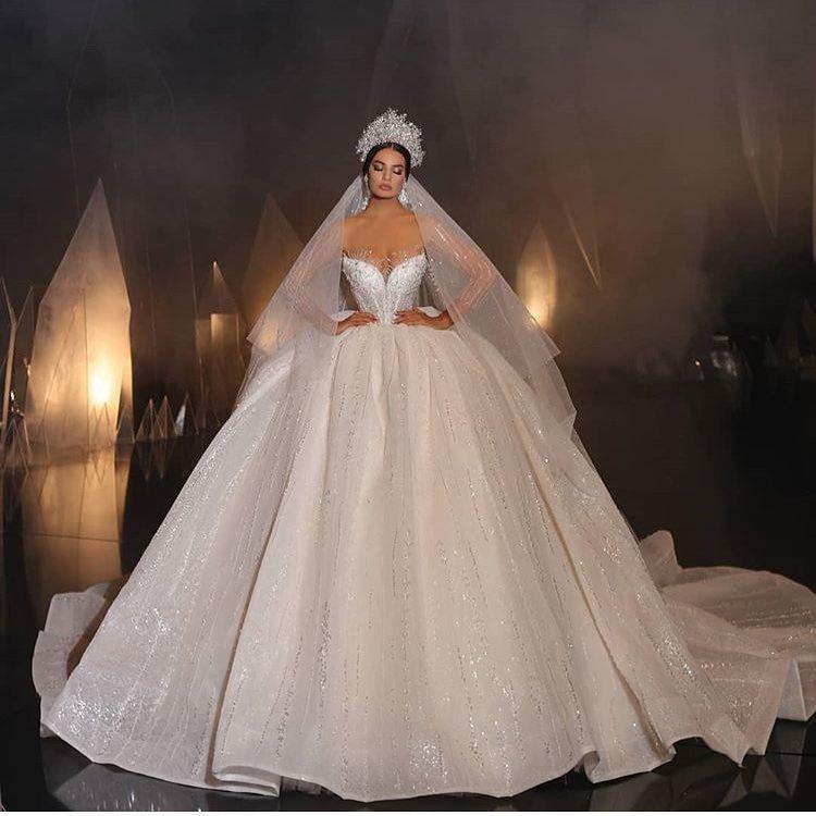 Vintage-inspired Jenny Packham Sheath Wedding Dress With