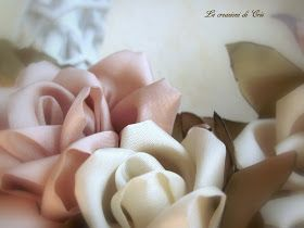 Photo of ancora rose   ma con una nuova tecnica … kanzashi         rose realizzate con …