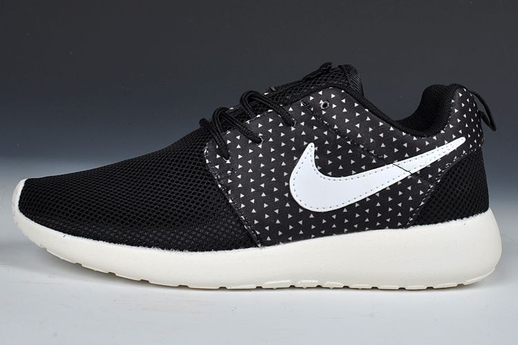 Nike Roshe Run womens black & white polka dots | Sneakers