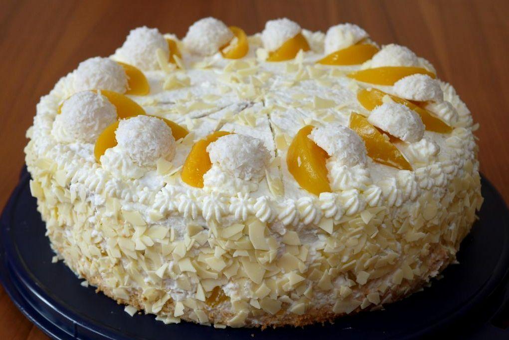 Pfirsich Raffaello Torte Experimente Aus Meiner Kuche Raffaello Torte Raffaello Kuchen Kuchen Und Torten