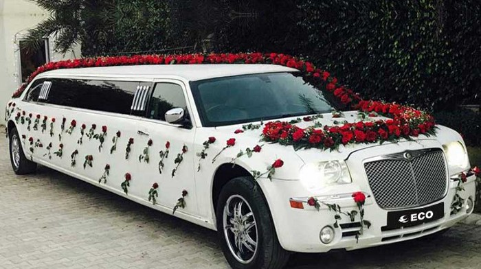 Everything About Wedding Limousine Rental You Need To Know In 2021 Limousine Car Limousine Rental Wedding Car