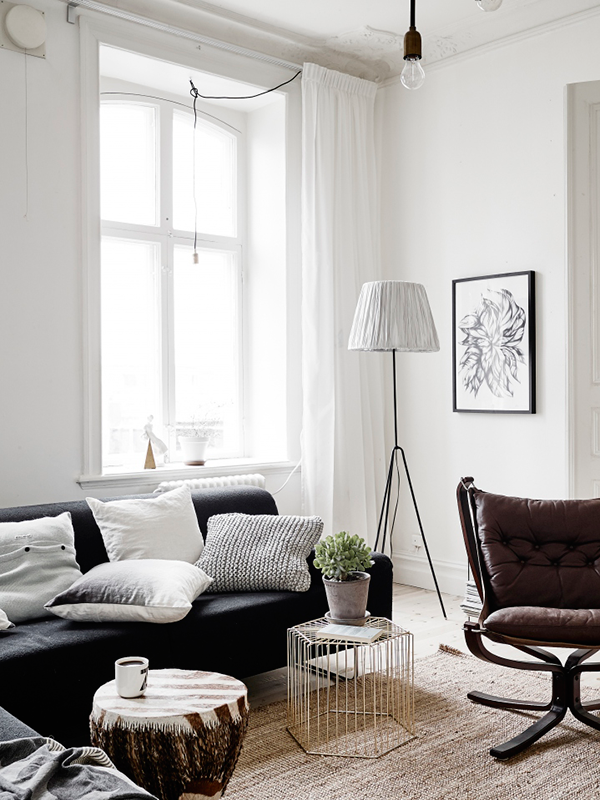 For Me There Are Two Key Features Of Scandinavian Interior Design Namely Minimalism And Light Both Of Th Scandinavian Style Home Home Decor Home Living Room