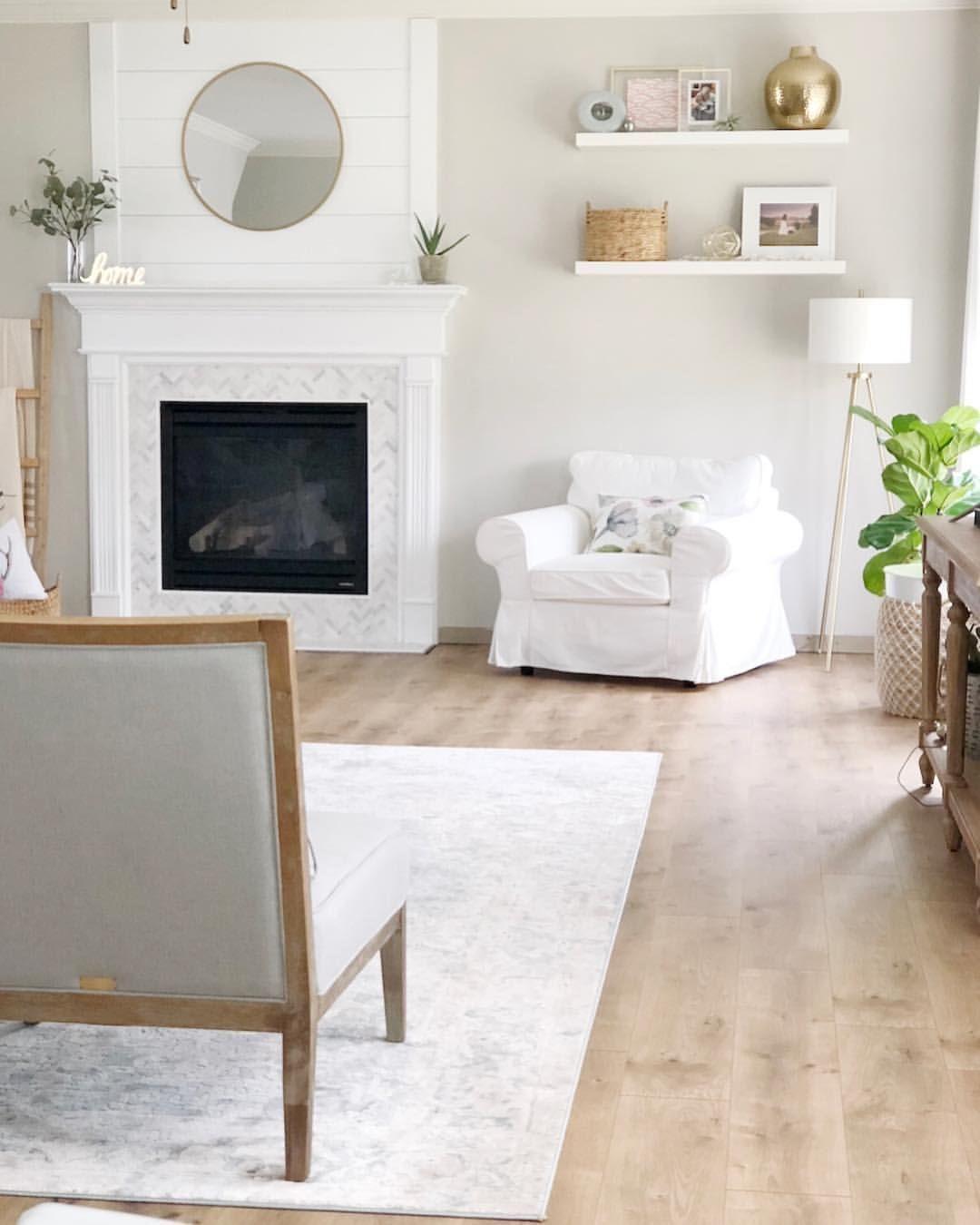 7 Wonderful Best Floating Shelves For Living Room Ideas In 2020