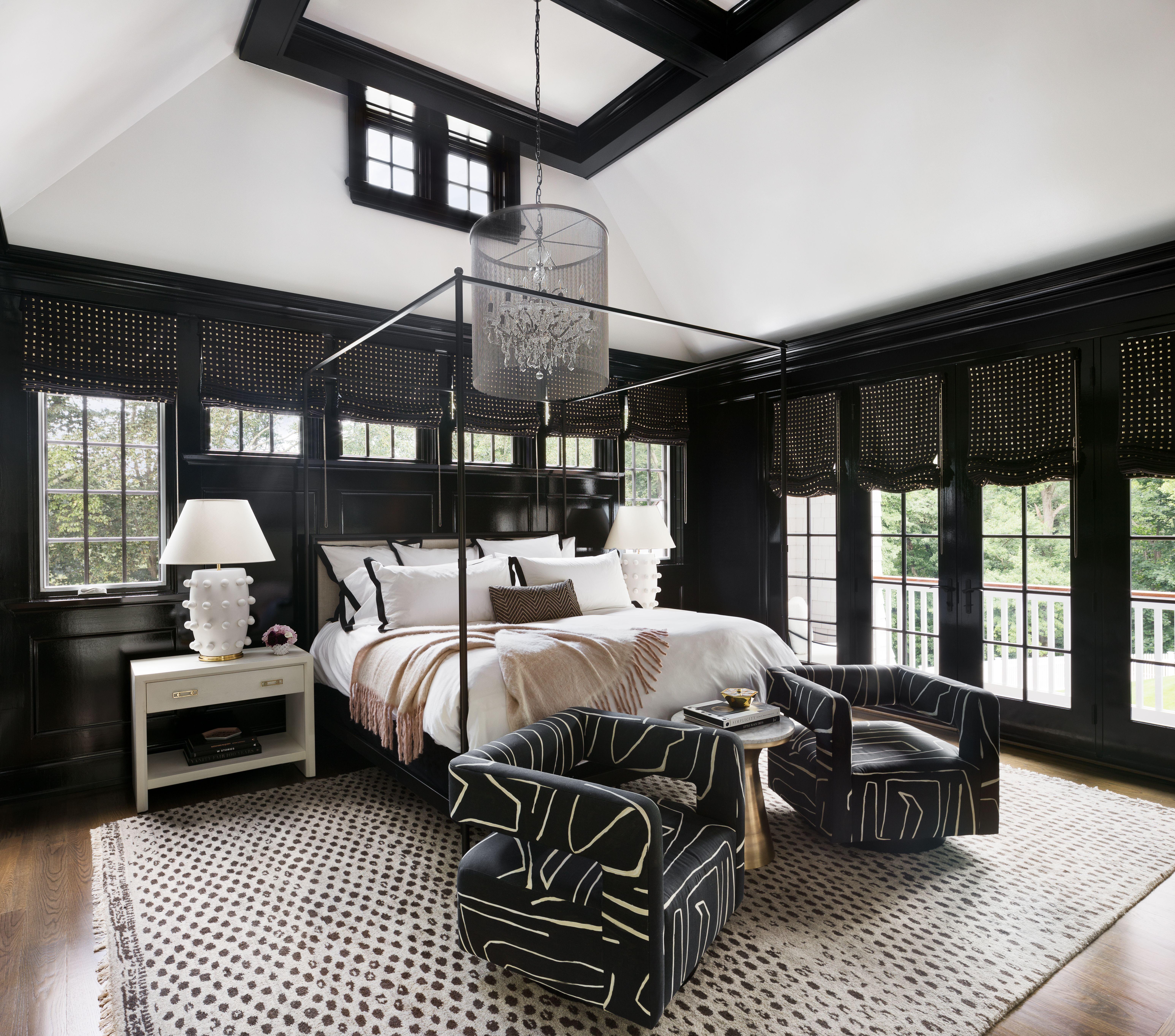 Design Story Loren S Glamorous Connecticut Home Beautiful Bedrooms Moody Bedroom Interior Design Living Room