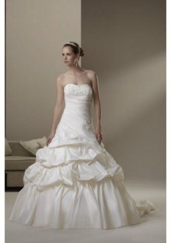 Taffeta Strapless Empire Bodice With A-line Asymmetrical Pick-up Skirt 2010 Wedding Dress WD0809