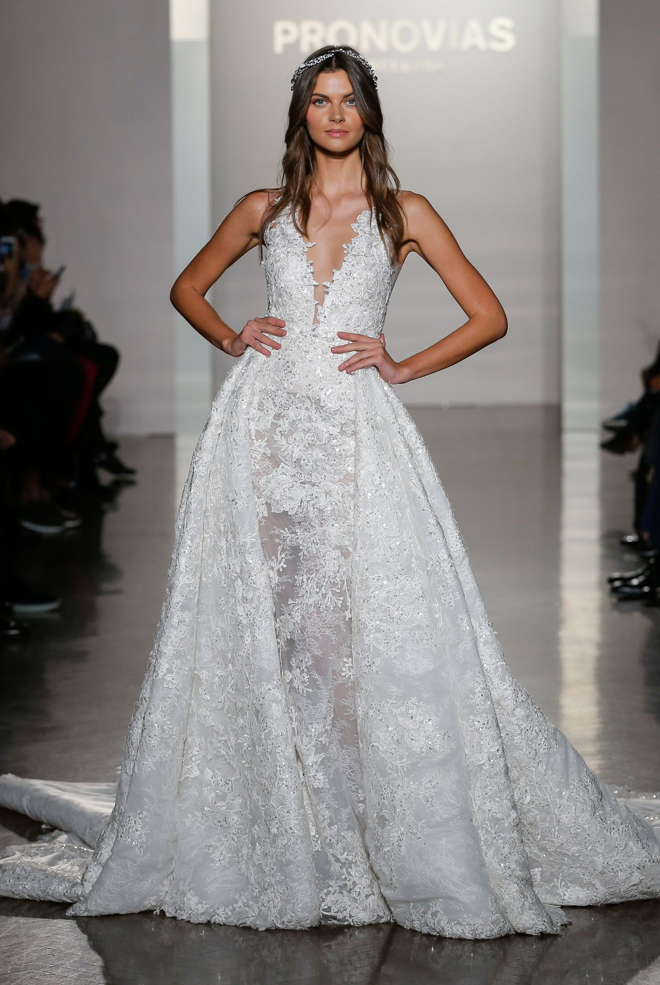 Bridal 2016 Market Pronovias This wedding NYC A deep line a with dress  Zw6xdRqH d97ba9b3ca8