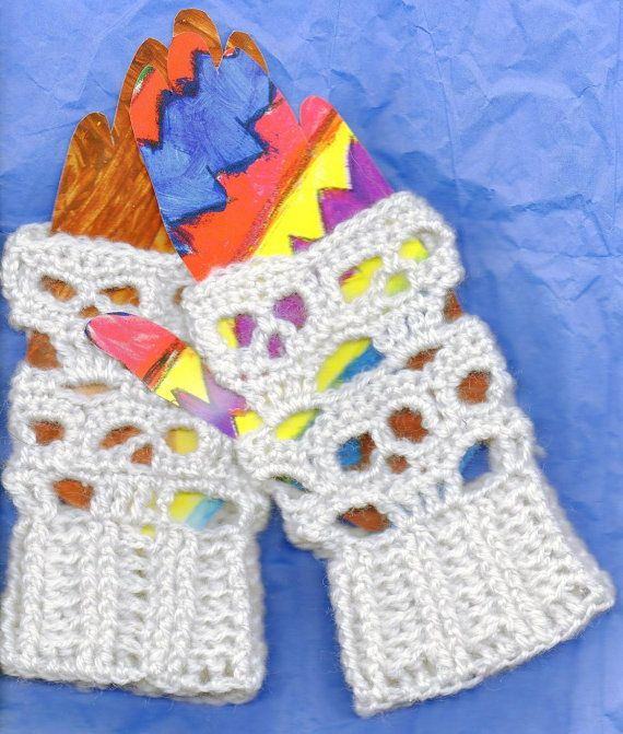 PDF Creepy Skulls Crochet Day of the Dead Fingerless Glove Crochet ...